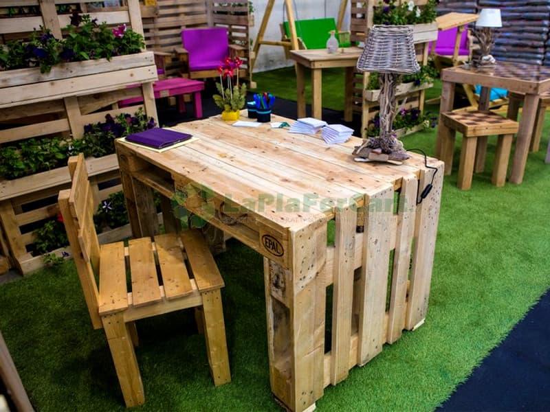 Mobili Con Pallets : Idee arredamento con bancali arredo e mobili con pallet